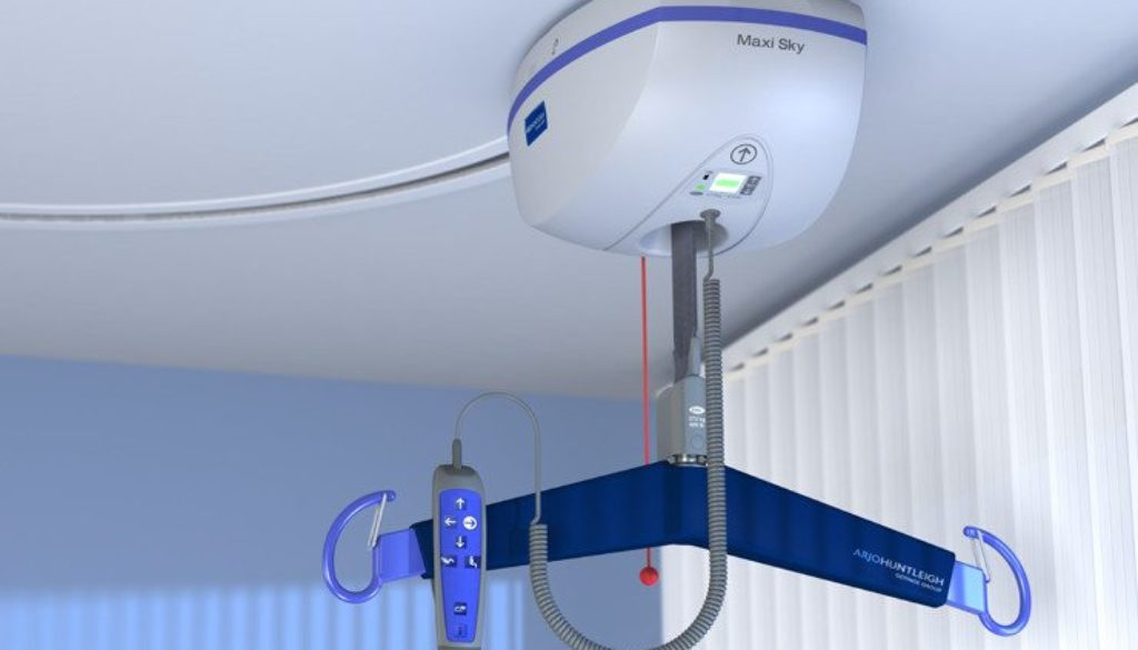 ArjoHuntleigh-patient-transfer-solutions-ceiling-lift-maxi-sky-2-view2