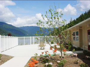 Park Place's Mountain Lake Seniors Community nestled in the city of Nelson, BC.