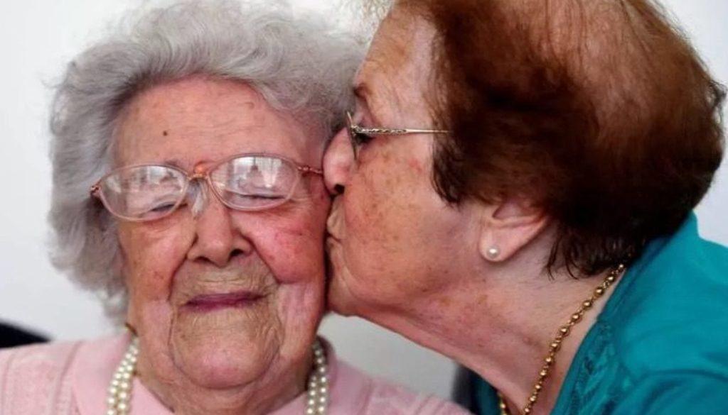 seniors-ladies